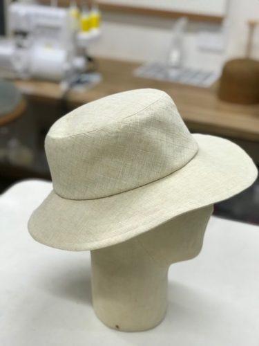 ミズ岸山帽子