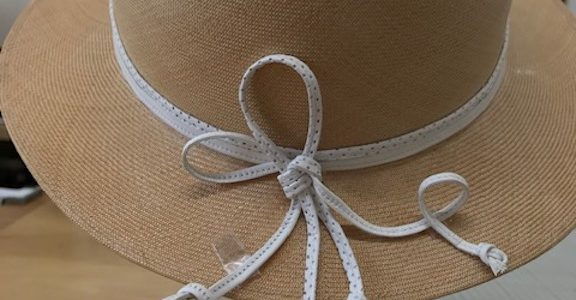 製作中の帽子